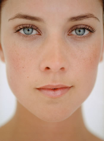 A square face will have a broader forehead and squared off jaw line.
